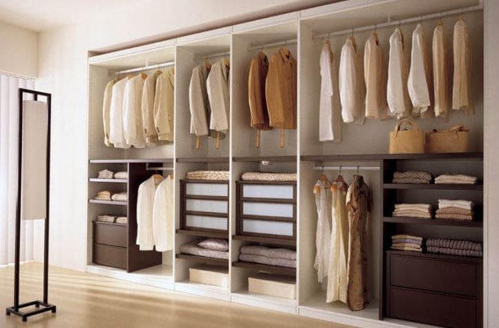 tủ đựng quần áo trong phòng ngủ
